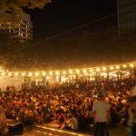 けやき広場のステージ