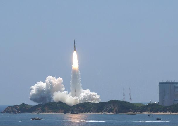 ミサイル発射(宇宙軍創設が必要な実情のイメージ)