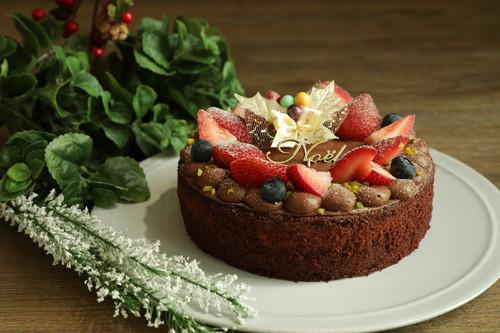 嘉山農園 苺のチョコショートケーキ