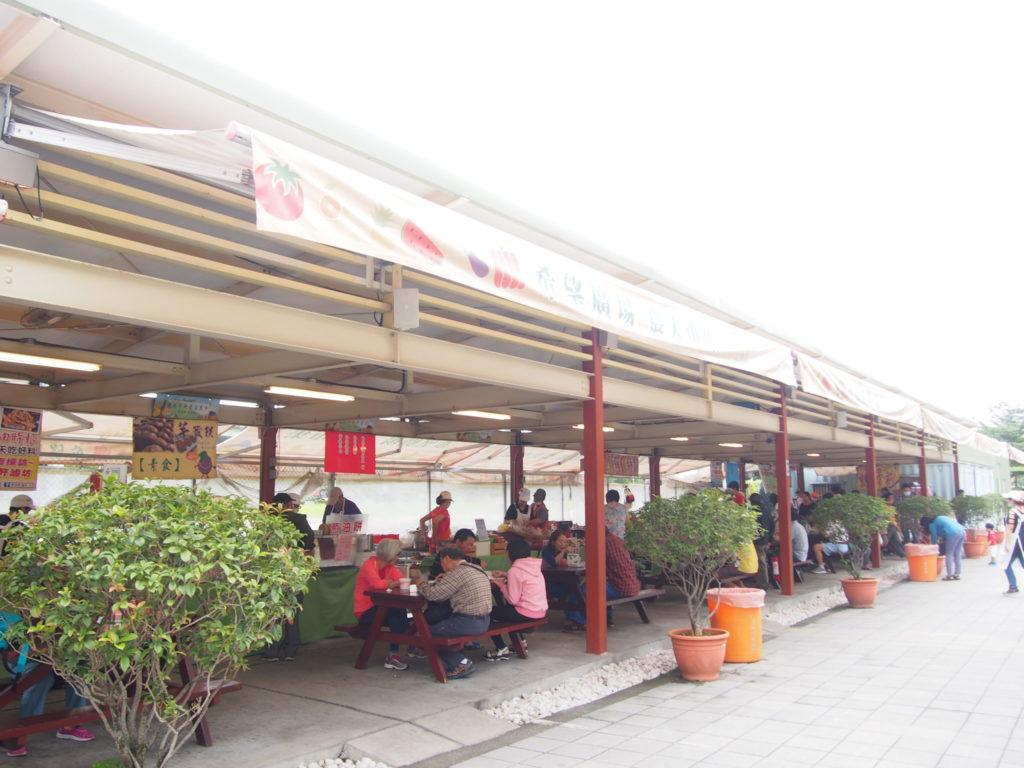 希望廣場(希望広場)市場外の屋台