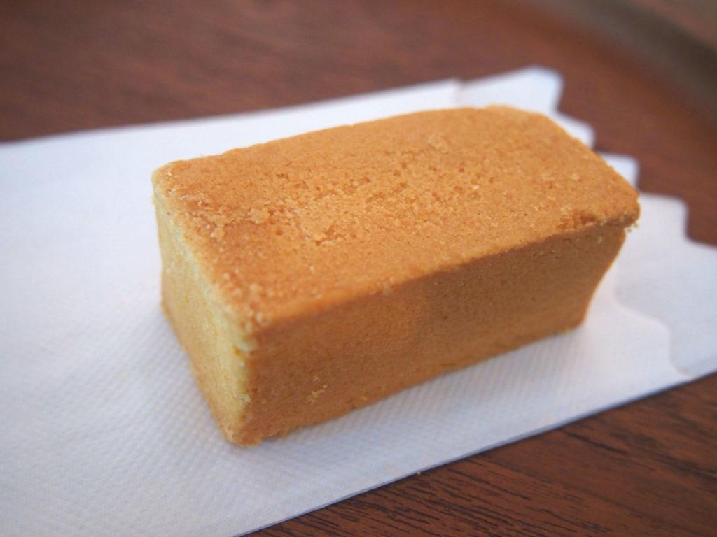 微熱山丘のパイナップルケーキ