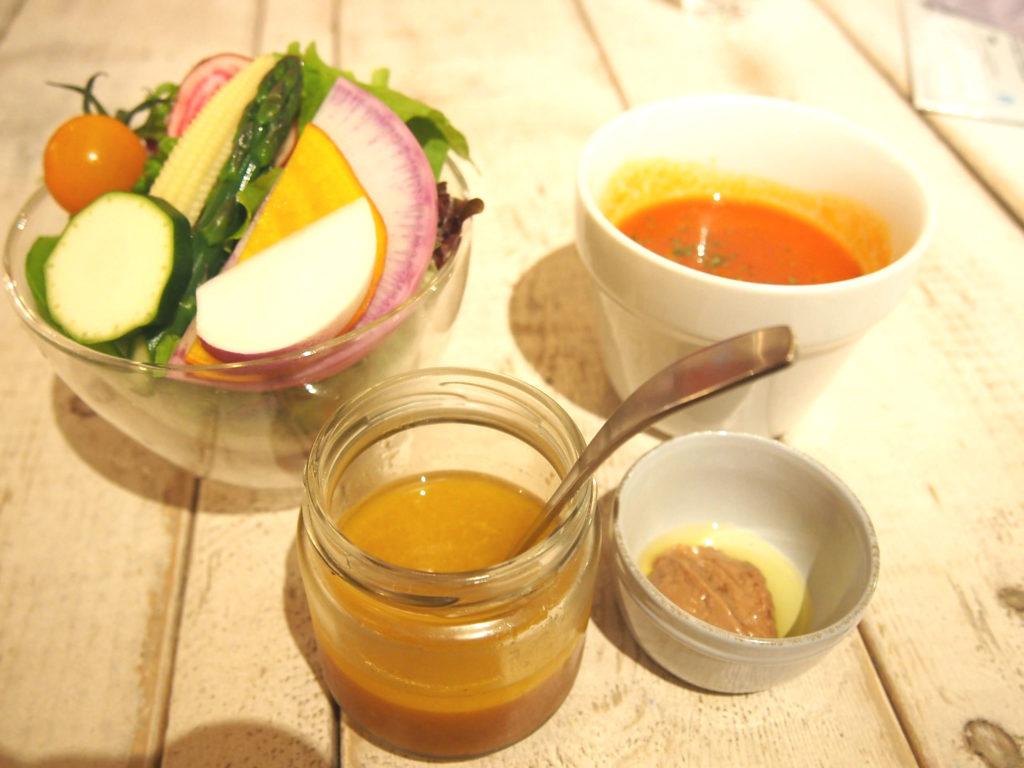 サラダパフェ・バーニャカウダー・ドレッシング・トマトのスープ
