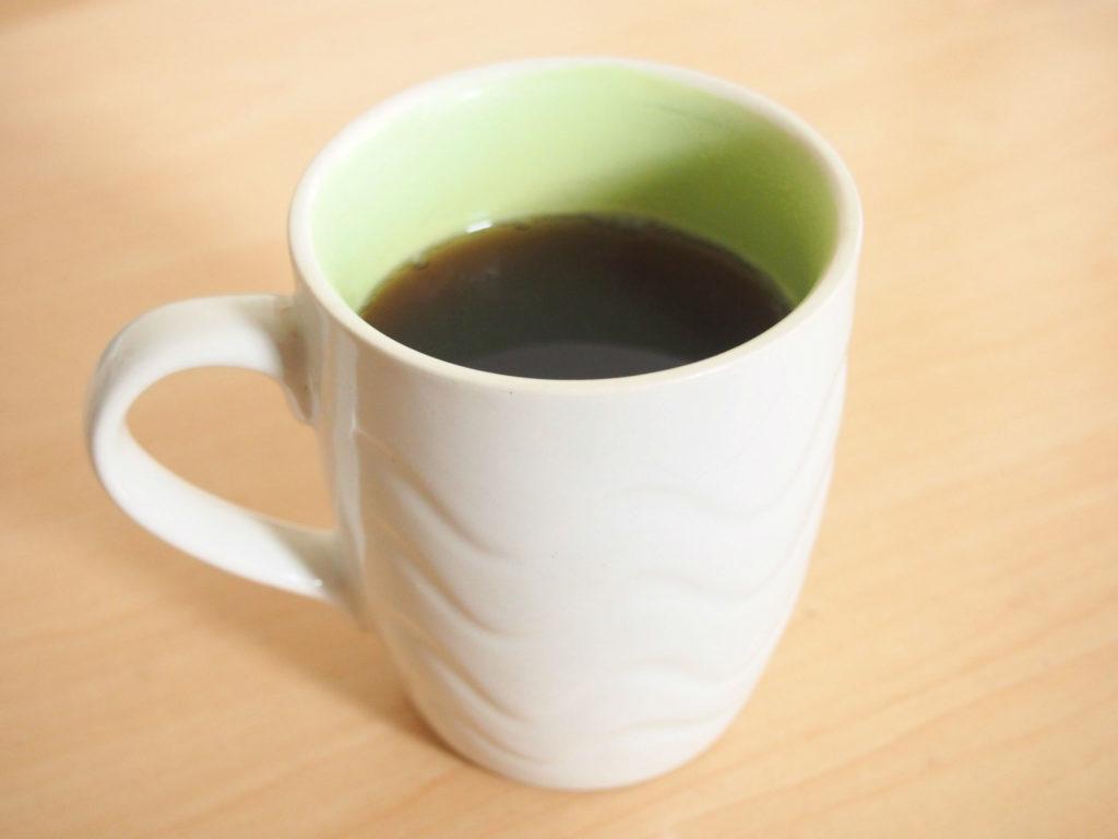 マウントハーゲンのコーヒーとマグカップ