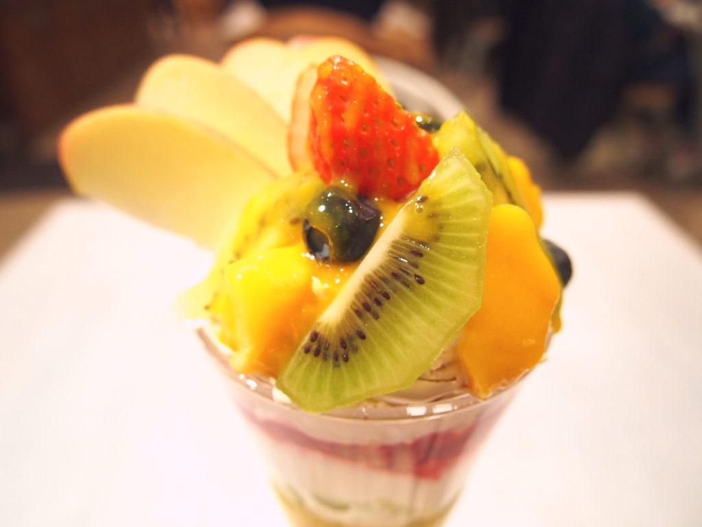 フルーツフルーツ(ヴィーガンパフェ)