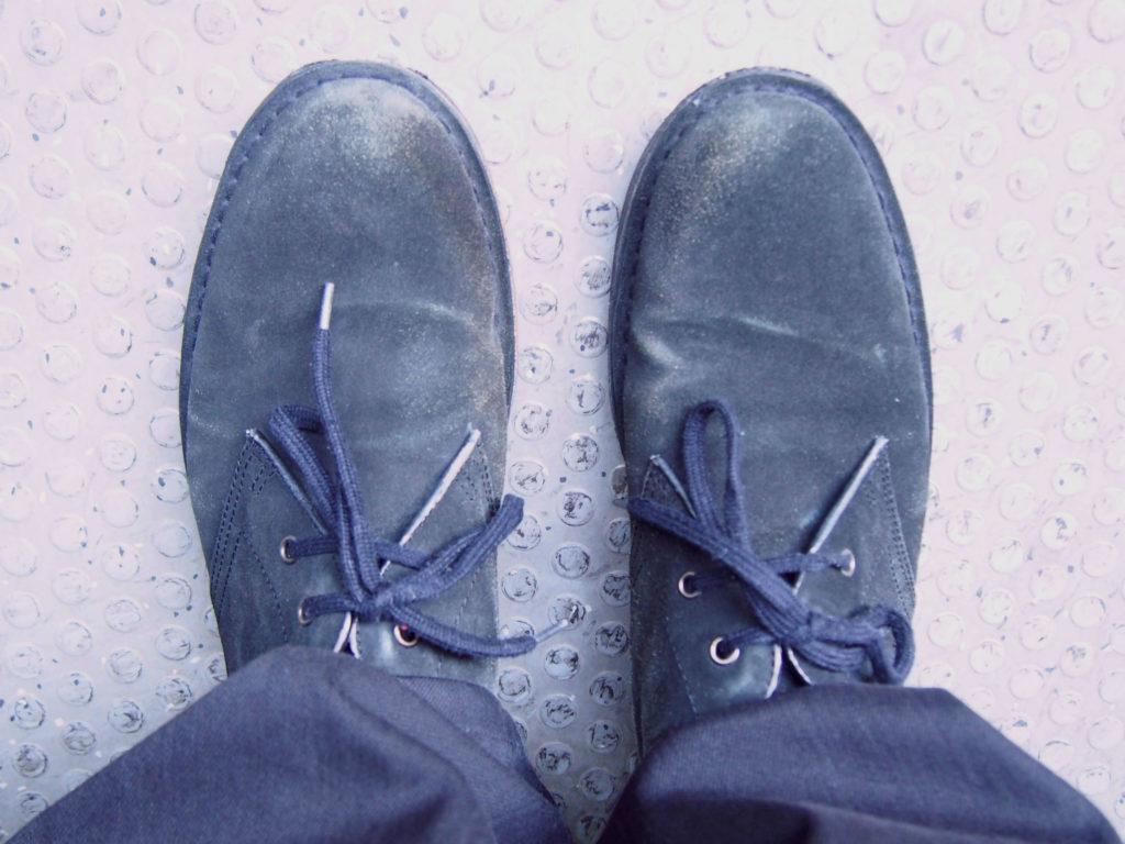 スエードの靴