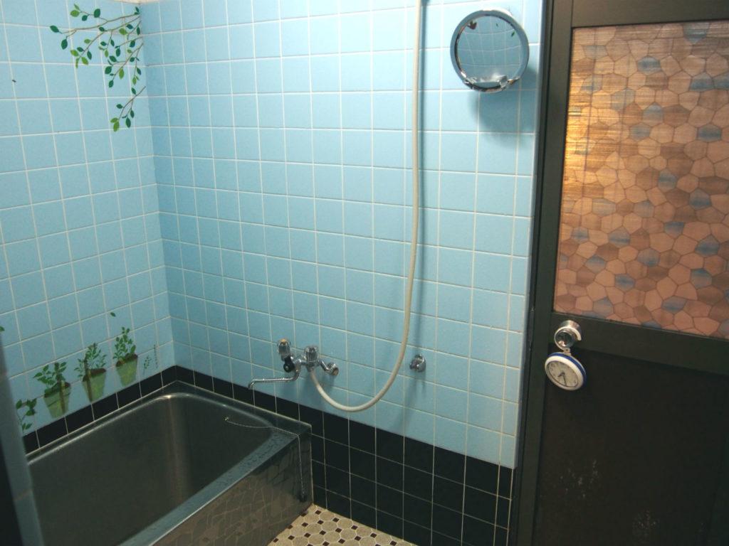 シャワー室&お風呂