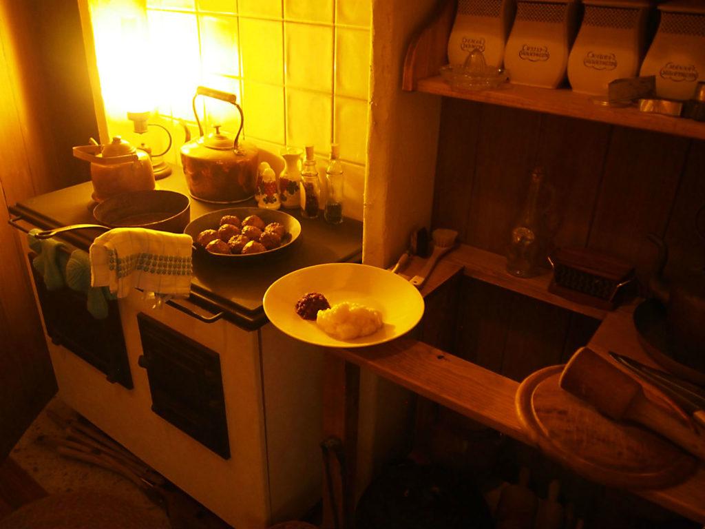 ムーミンママが料理を作るキッチン
