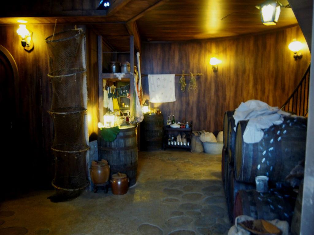 地下の貯蔵庫