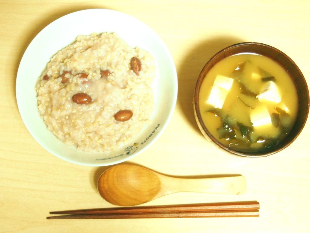 玄米小豆粥とお味噌汁の回復食