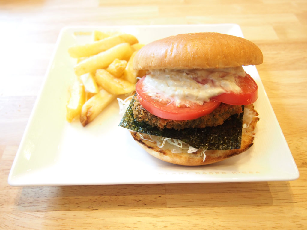 タルタルwasabiのヴィーガンハンバーガー